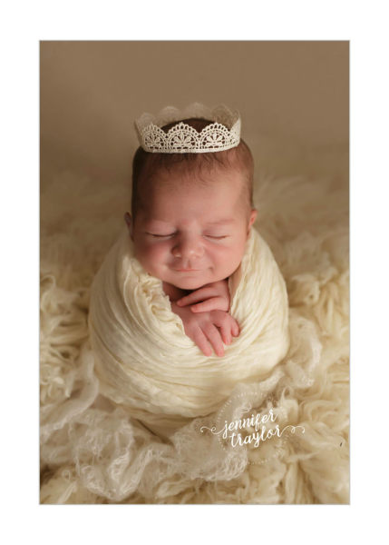 Central Virginia Family Photographer specializing in Artistic Newborn and Baby Portraits. www.jennifertraylorphotography.com